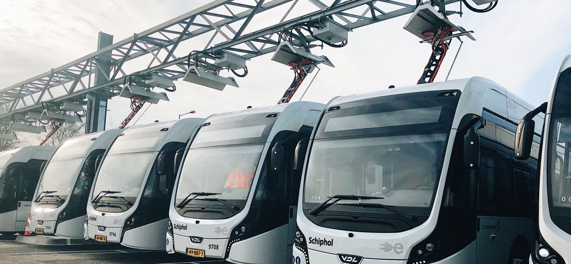 Largest E-Bus Fleet at Schiphol Airport Drives with Smart Charging Pantographs from Schunk Carbon Technology